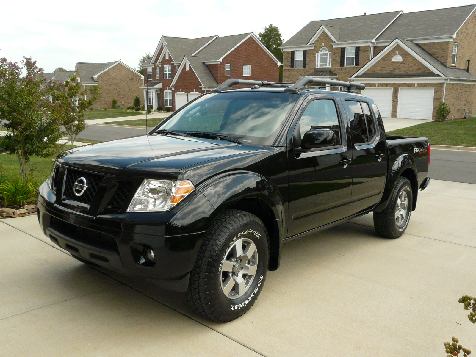 Nissan Frontier Crew Cab >> Does anybody have- '09 PRO-4X in Black? - Nissan Frontier Forum