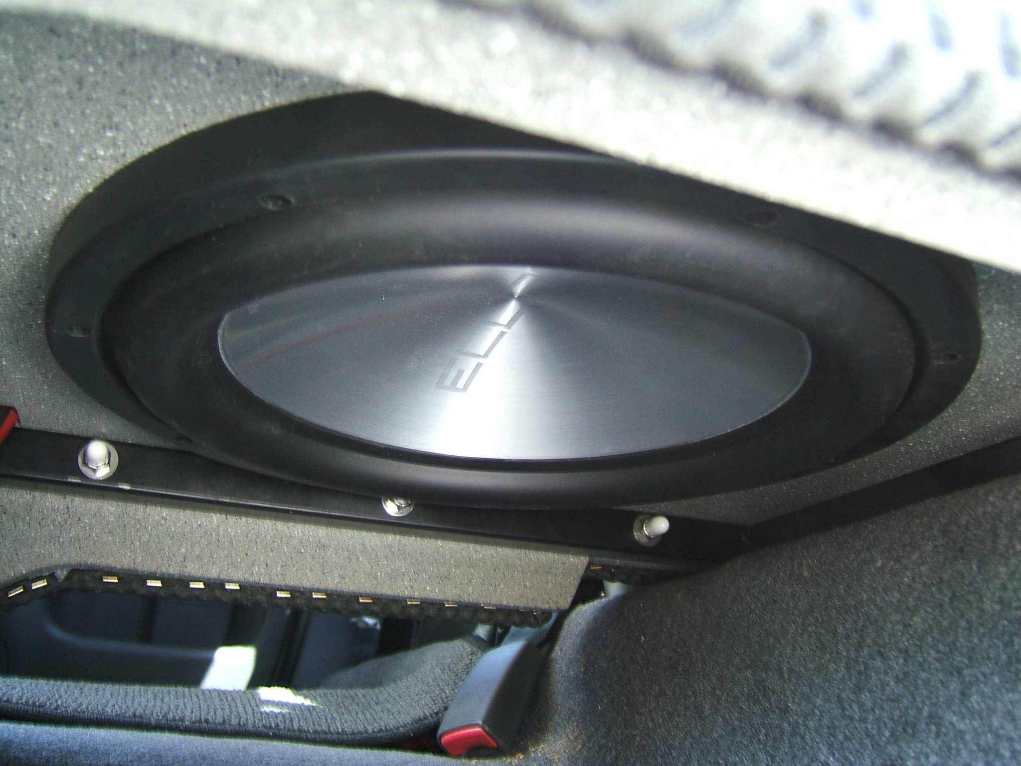 King cab sub enclosure nissan frontier forum click image for larger version name 2005 nissan 047g views 5108 size vanachro Images