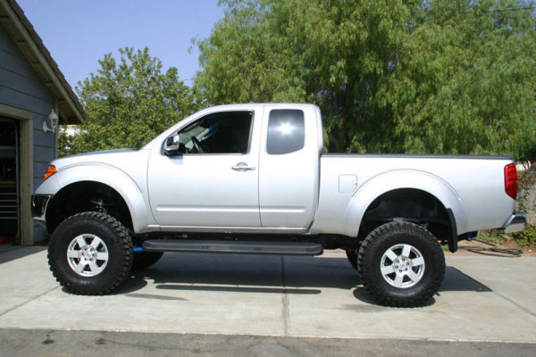 2010 Nissan Frontier Se 4X4 gallery