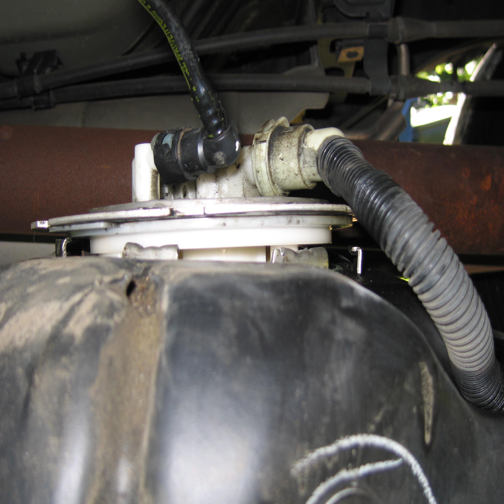 2005 Nissan Frontier Fuel Filter Location