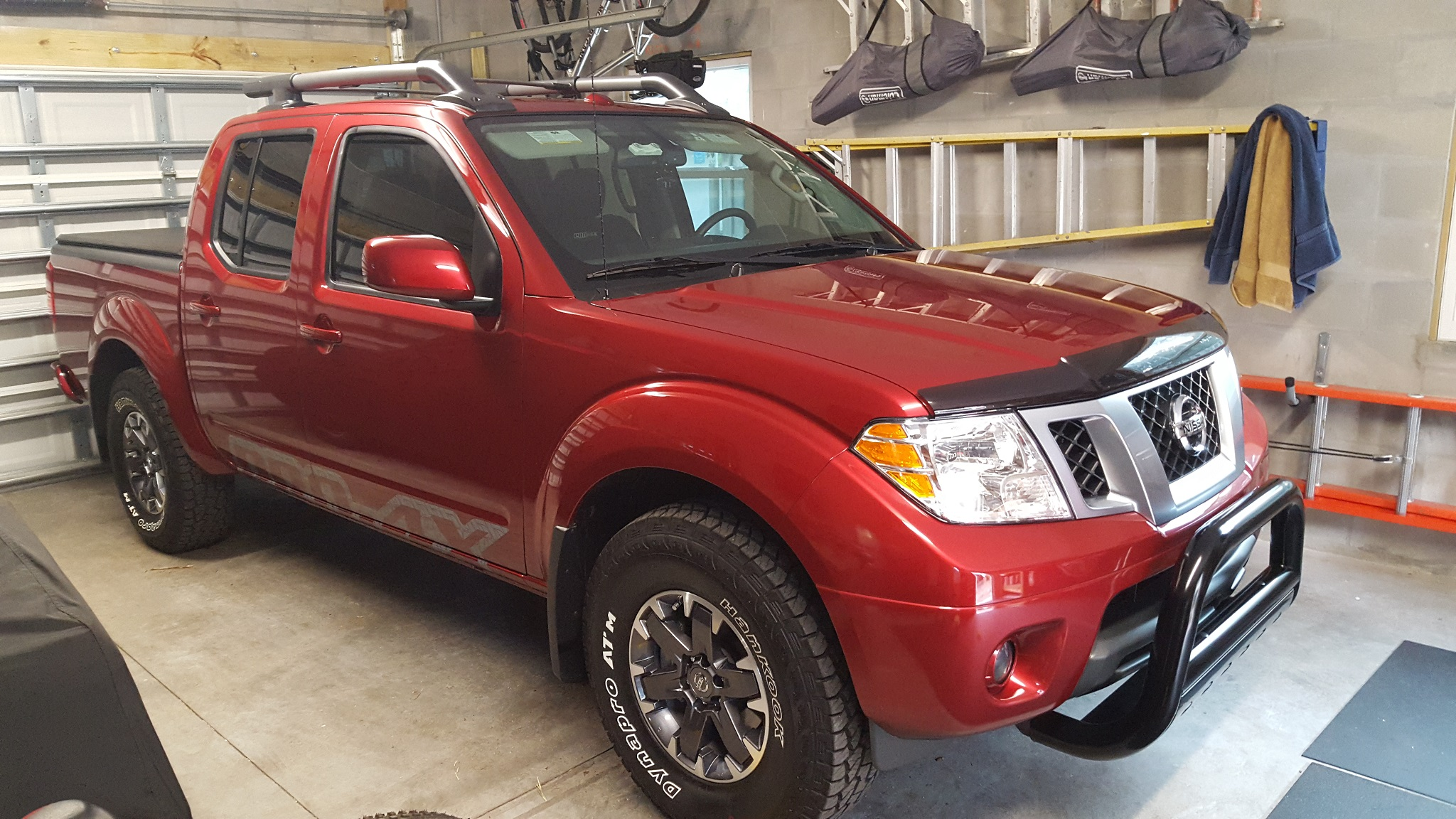 pro nissan king frontier white brantford listings full glacier cab crew