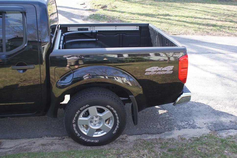 4X4 Decal added to an 08 - Nissan Frontier Forum