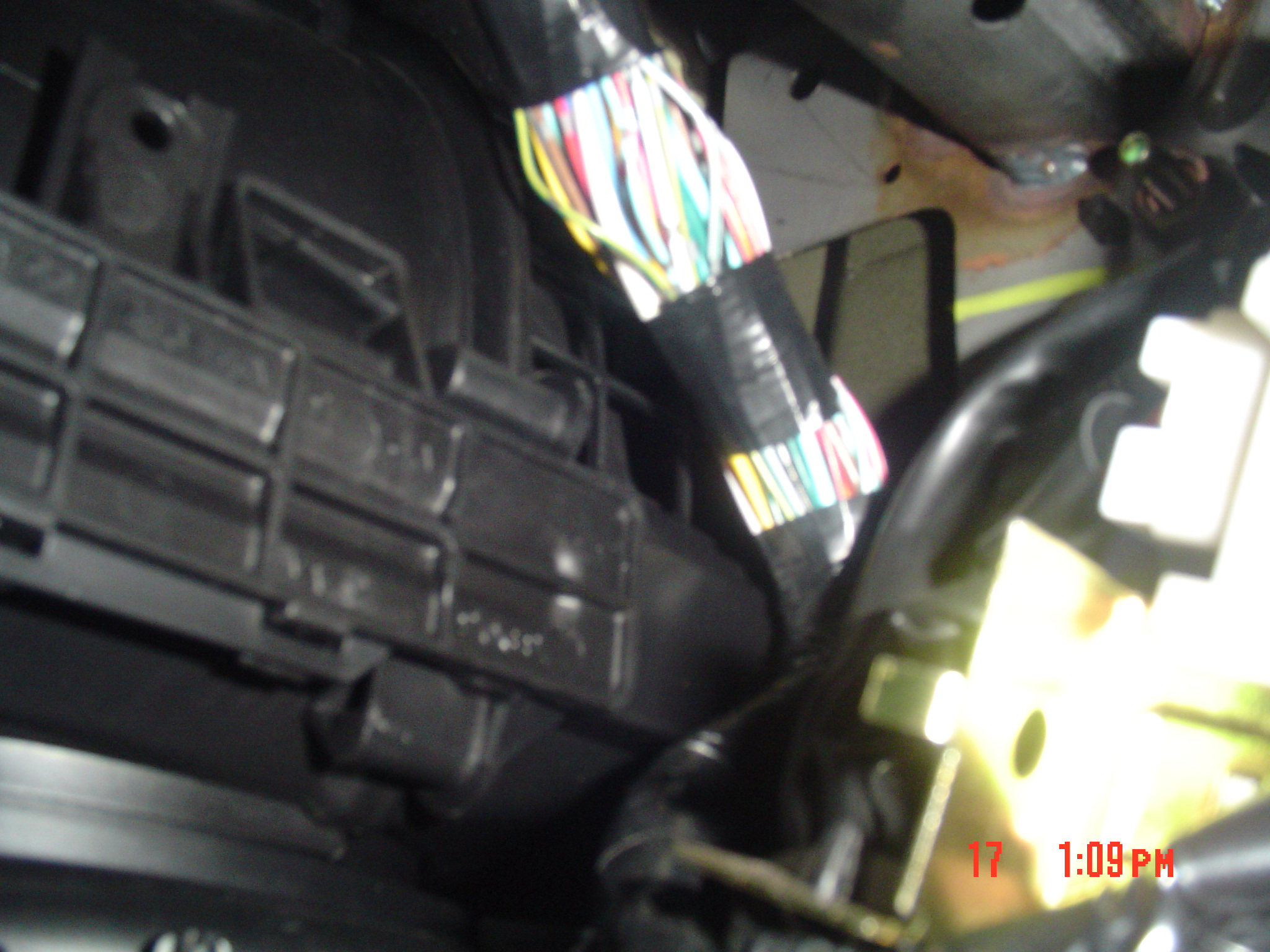 Found Reverse light wire in Cab | Nissan Frontier Forum on xterra supercharger kit, xterra engine swap, xterra hood scoop, xterra light bar, xterra battery hold down, xterra fuel pump relay, xterra brake light switch, xterra fog light kit, xterra throttle position sensor, xterra dash lights,