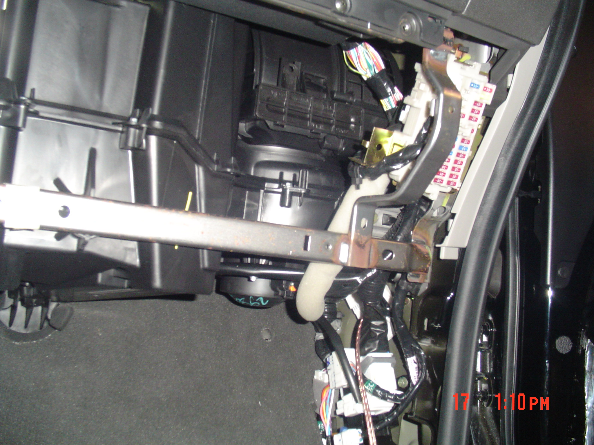 Nissan Navara D22 Wiring Diagram Electrical Central Locking Found Reverse Light Wire In Cab Frontier Forum Ecu