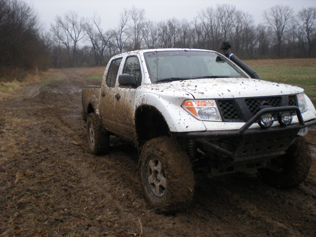 off road a bit - Nissan Frontier Forum