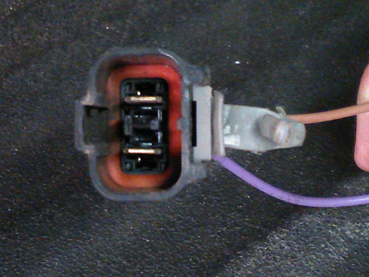 Wire Harness Connector Near The Back Of Truck Nissan Frontier Chrysler Wiring D350 This Is Body Side Towing With Brake Control And Constant 12v Battery