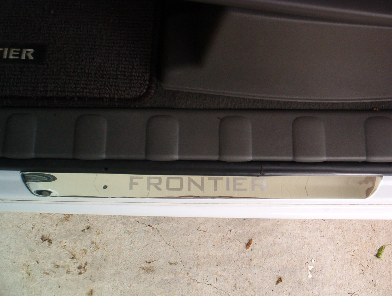 Click image for larger version Name: IM000576.JPG Views: 798 Size: 758.2 ... & Frontier Aluminum Door Sills - Nissan Frontier Forum Pezcame.Com