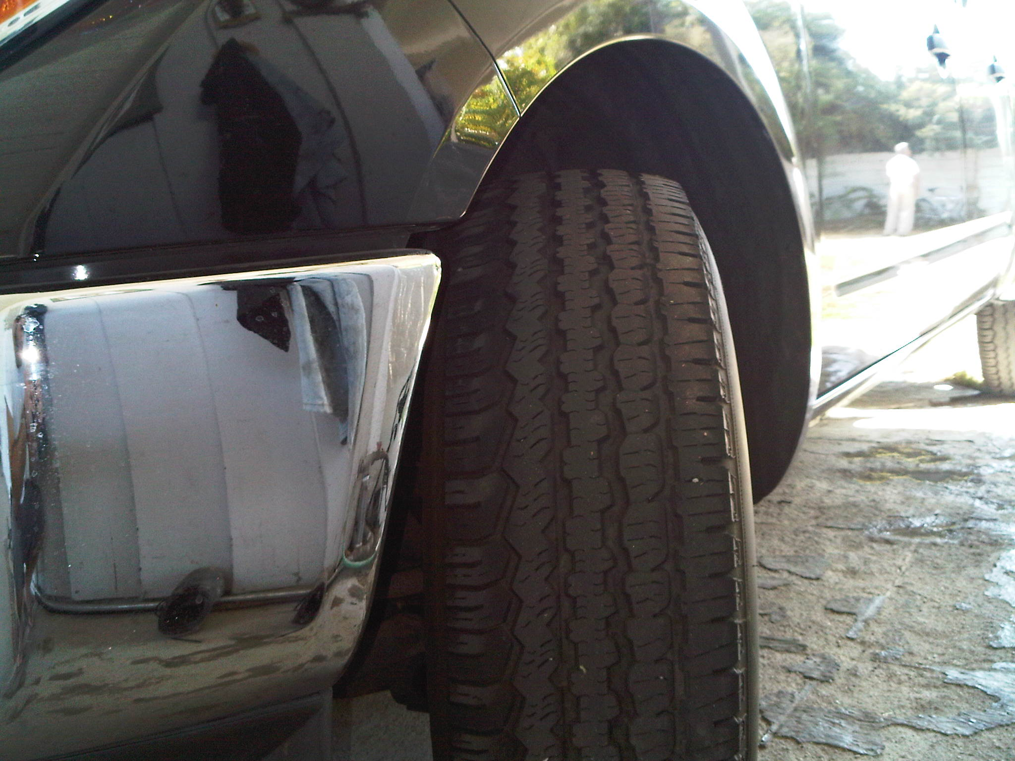 does your tire tread wear look like this nissan frontier forum. Black Bedroom Furniture Sets. Home Design Ideas