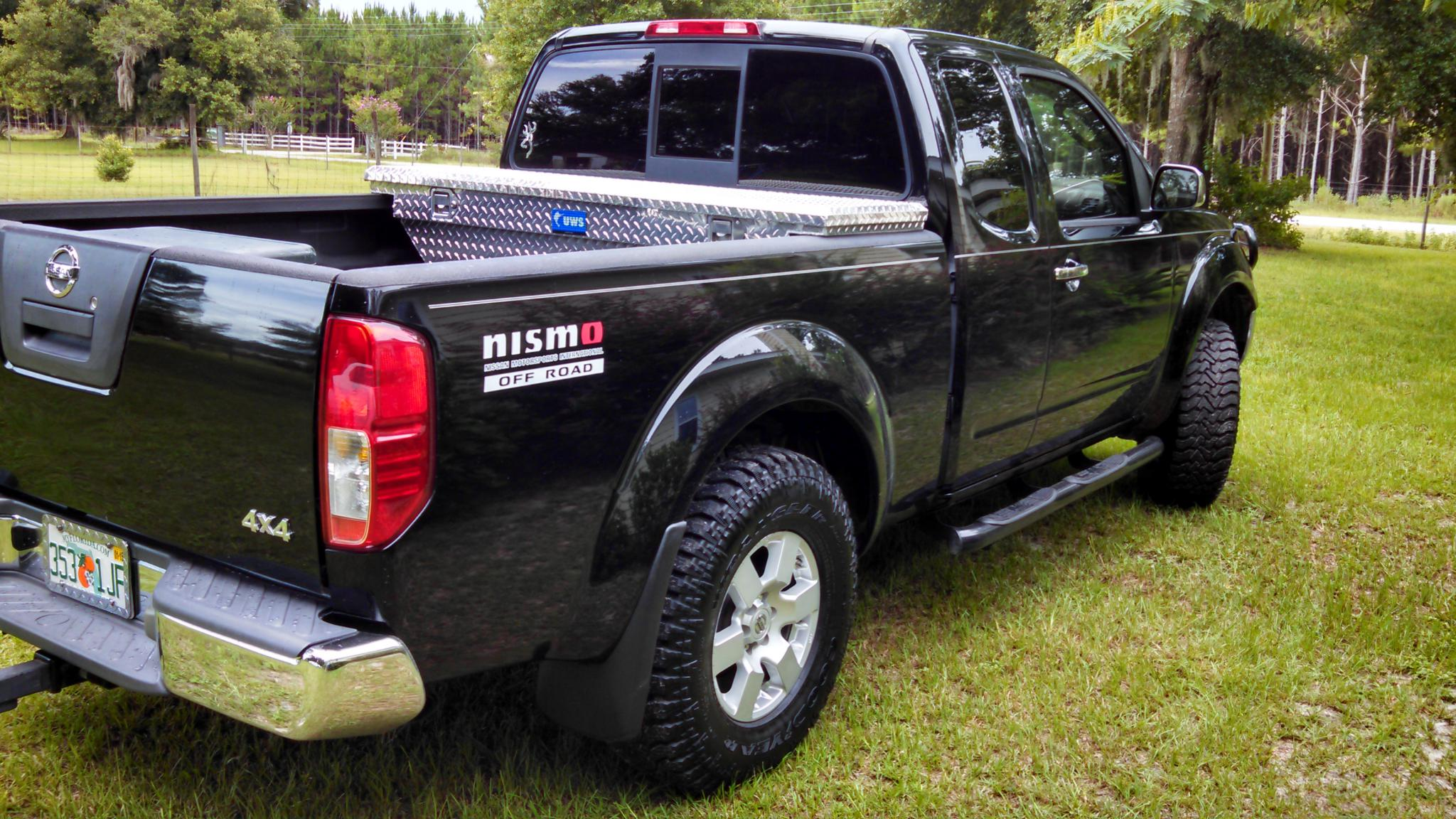 2006 nissan frontier nismo 4x4 with 4 0v6 nissan. Black Bedroom Furniture Sets. Home Design Ideas