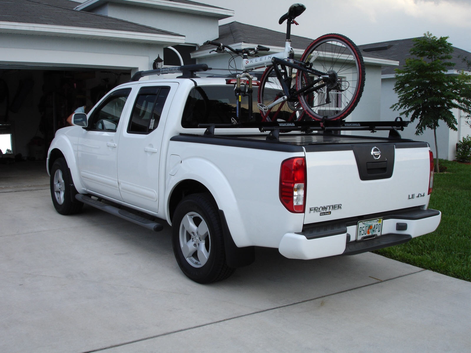 Bike Racks For Trucks D Rollbak Bedcover Bike Rack