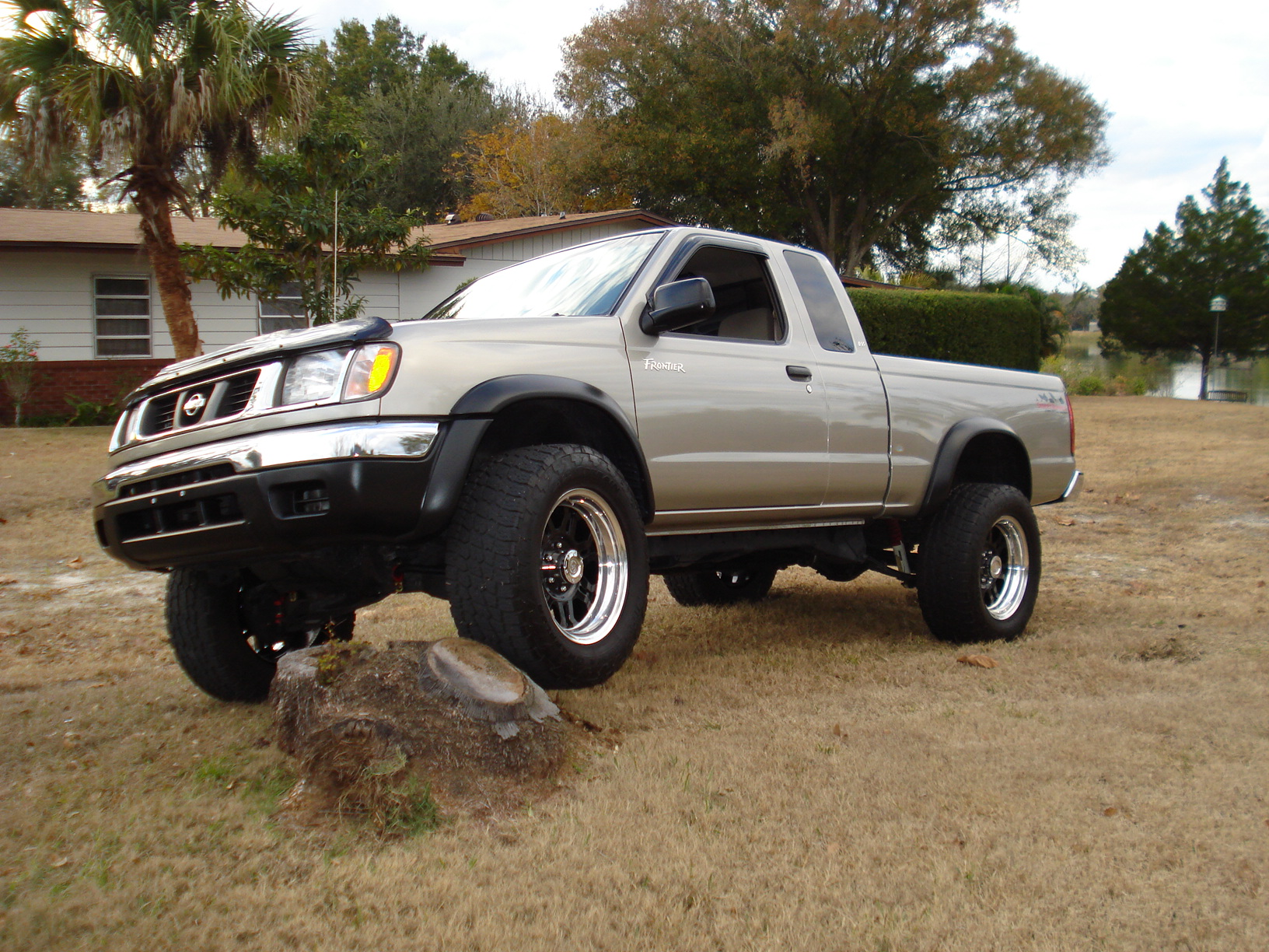 Pics of new wheels and lift nissan frontier forum click image for larger version name new frontier pics exhaust 038g views vanachro Images