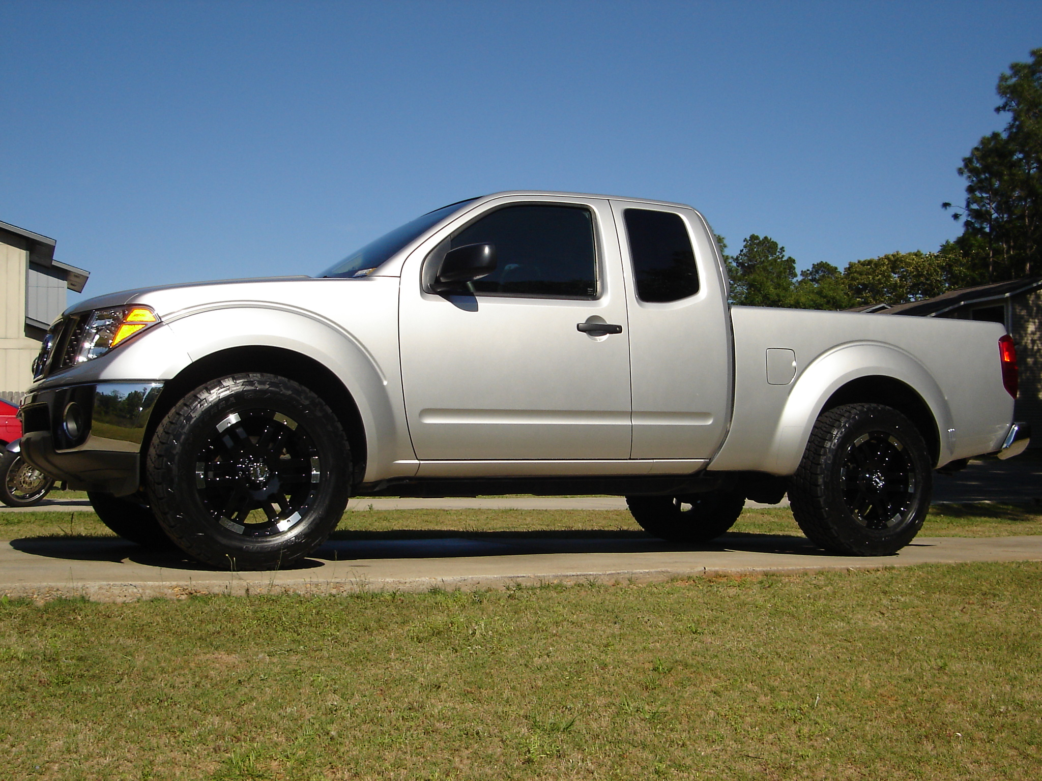 Blacked out wheels nissan frontier forum click image for larger version name new rims may 07 007g views vanachro Choice Image