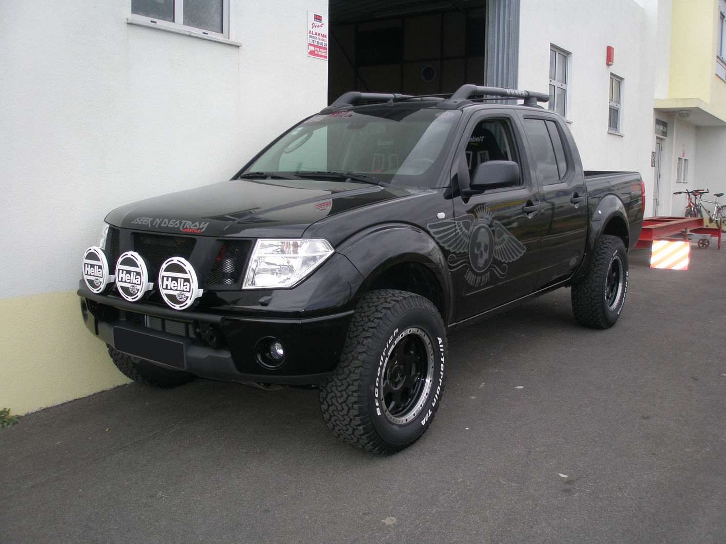 Bumper light bar nissan frontier forum click image for larger version name p4092434smallg views 28358 size 114 aloadofball Choice Image