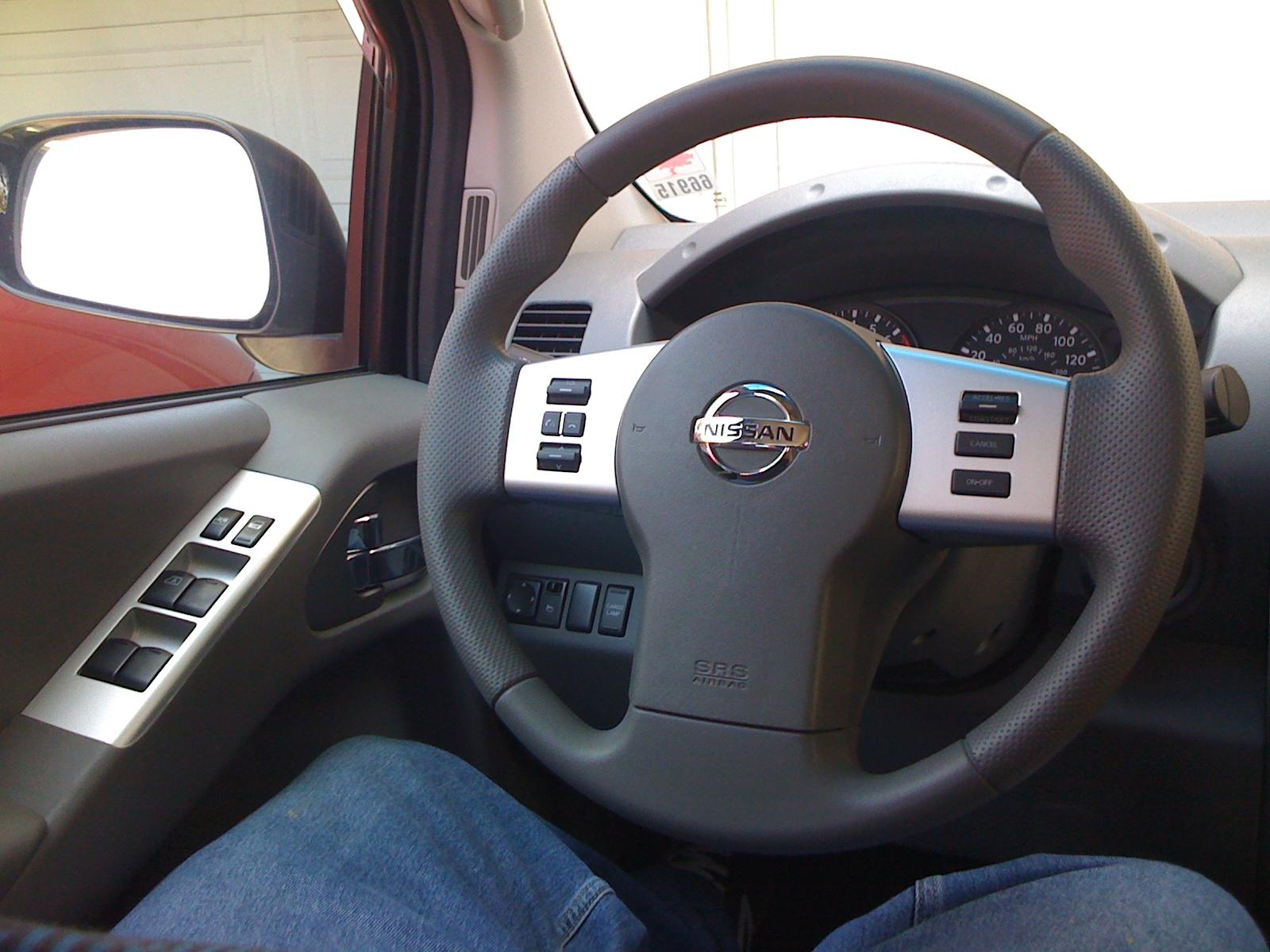 Pathfinder Audio Phone And Cruise Control Steering Wheel
