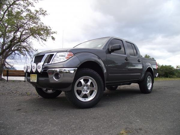 Showcase cover image for 2009 Nissan Frontier