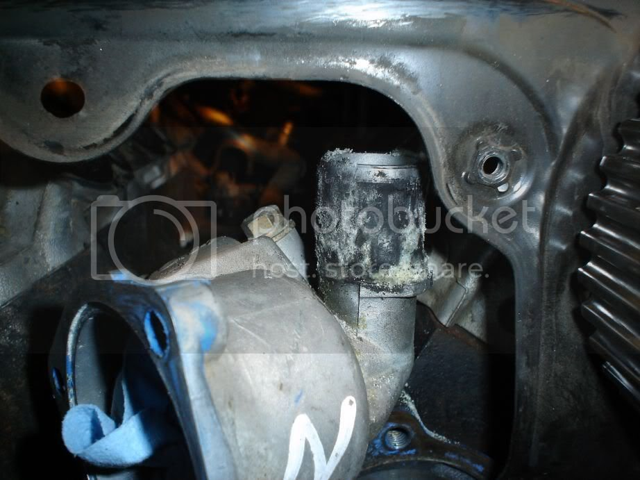 Removed VG33 intake manifold | Nissan Frontier Forum