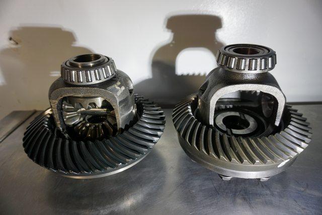M205 vs  R180 Front Diff: Internal Parts Comparison | Nissan
