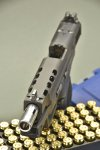 Smith_Wesson_Performance_Center_Ported_MP40L_C.O.R.E._20.JPG